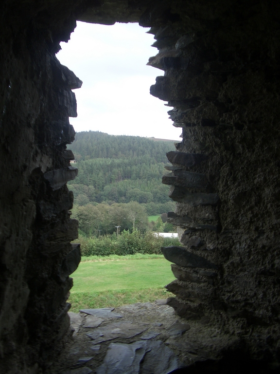 [Picture: Restormel Castle 23: View through the castle window]