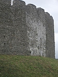 [Picture: Restormel Castle 37: Castle wall from the outside 3]