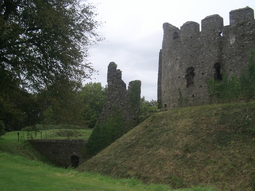[Picture: Restormel Castle 38: Gatehouse from the other side]