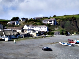 [picture: Porthallow Beach 2]