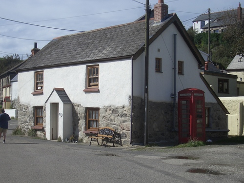 [Picture: Porthallow Cottage]