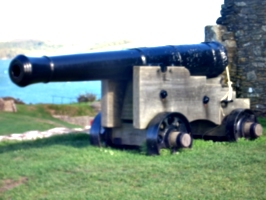 [picture: Pendennis Castle 14: Portable cannon]