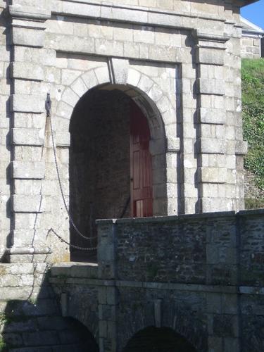 [Picture: Pendennis Castle 3: Castle door]