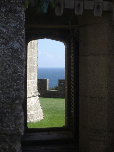 [Picture: Pendennis Castle 25: Castle view]