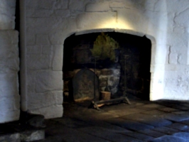 [Picture: Pendennis Castle 51: Castle hearth 2]