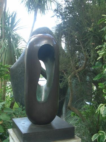 [Picture: Barbara Hepworth Musem & Sculpture Gallery 10: sculpture]