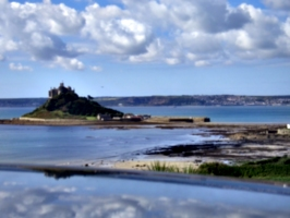 [picture: St Michael's Mount: View from afar 2]