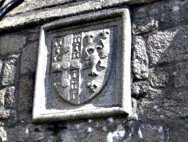 [picture: Stone crest]