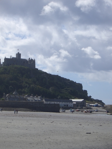 [Picture: Castle]