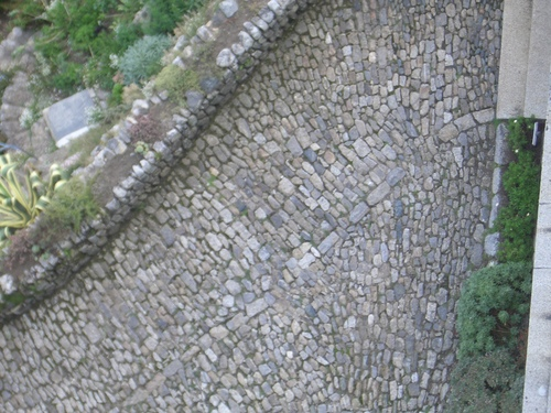 [Picture: Cobbled path from above]