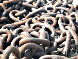 [picture: Anchor chain]