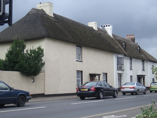 [Picture: Thatched houses]