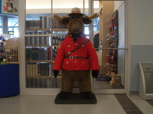 [Picture: Canadian souvenir shop]