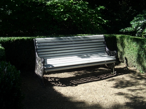 [Picture: Park bench]