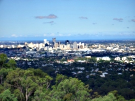 [picture: Brisbane from the hilly thing 1]