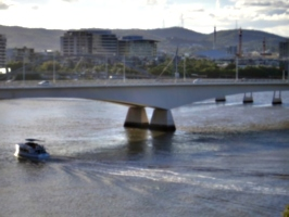 [picture: Boat going under Brisbane Bridge]