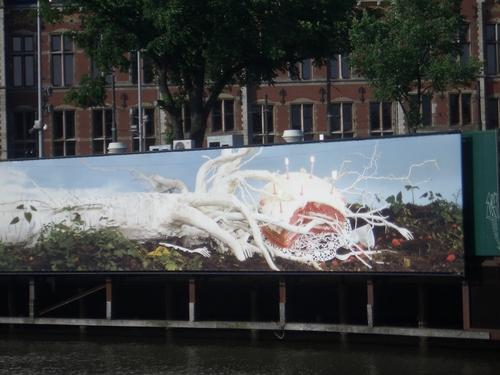 [Picture: Public art mural 1]