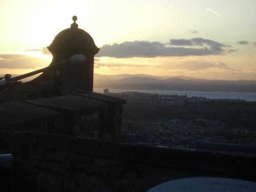 [Picture: Sunset over Edinburgh]