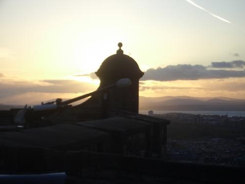 [Picture: Sunset over Edinburgh 2]