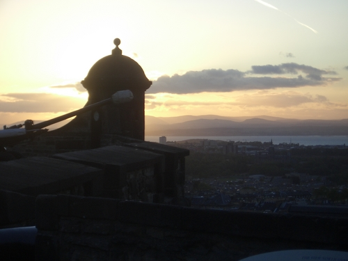 [Picture: Sunset over Edinburgh 3]