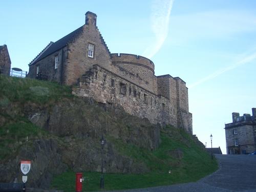 [Picture: Edinburgh Castle Round Tower 2]