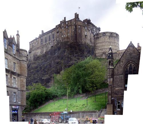 [Picture: Edinbugh Castle]