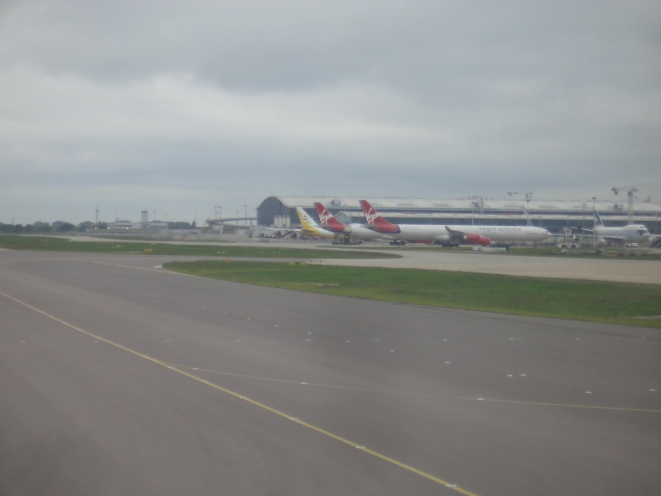 [Picture: Heathrow 2]
