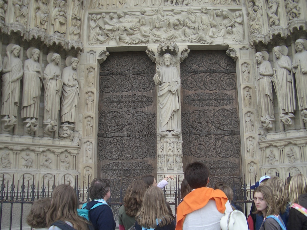 [Picture: The front doors]