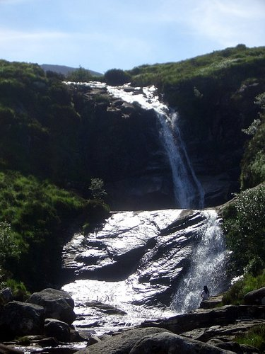 [Picture: Waterfall 3]