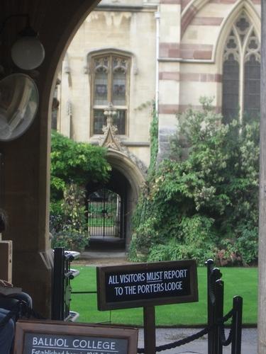 [Picture: Balliol College Courtyard]