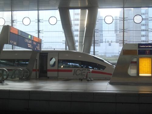 [Picture: Train in Frankfurt station]