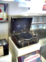[picture: Bros. 30 record player]