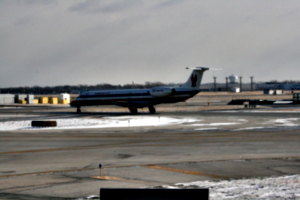 [picture: Chicago airport: American Airlines aeroplane 3]