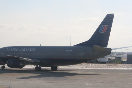 [Picture: Chicago airport: United Airlines 'plane that escaped]