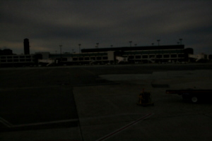 [picture: New Orleans Airport 1]