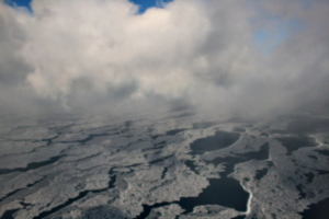 [picture: Ice and Clouds on the Great Lakes 21]
