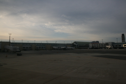 [Picture: New Orleans Airport 3]