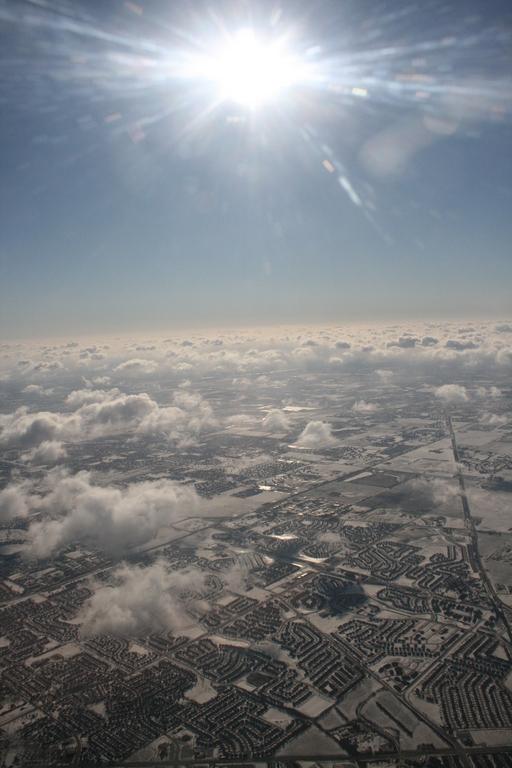 [Picture: Snowy Suburbia 12]