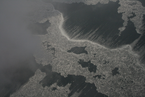 [Picture: Ice and Clouds on the Great Lakes 15]