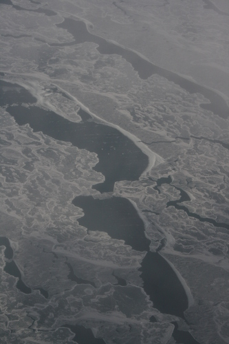 [Picture: Ice and Clouds on the Great Lakes 28]