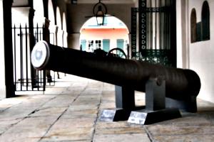 [picture: Cannon 1]