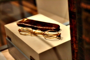 [picture: Spectacles 1]
