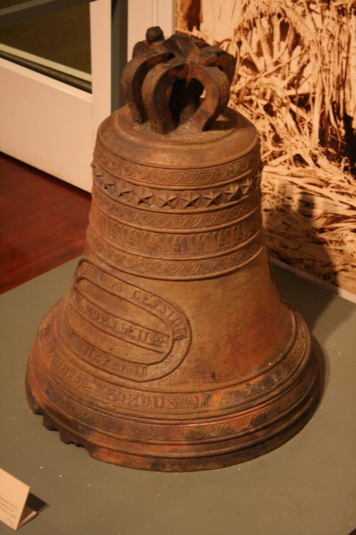 [Picture: Fountainebleau Plantation Bell  2]