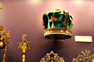 [picture: Green Crown]