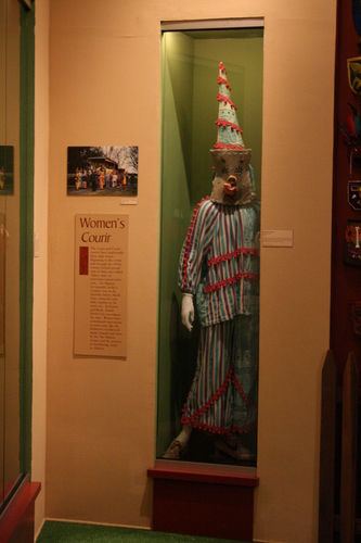 [Picture: Clown costume]