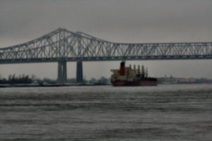 [picture: Ship approaching Bridge 4]
