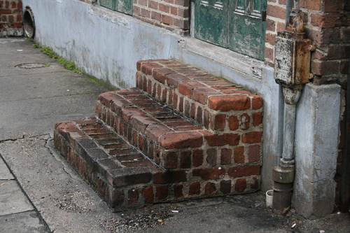 [Picture: Brick steps 2]