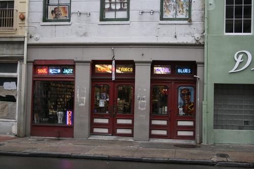[Picture: Music shop]