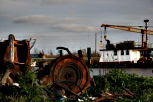 [picture: Waterside dump]