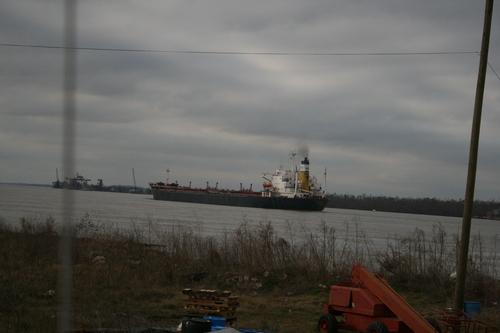 [Picture: Oil tanker]